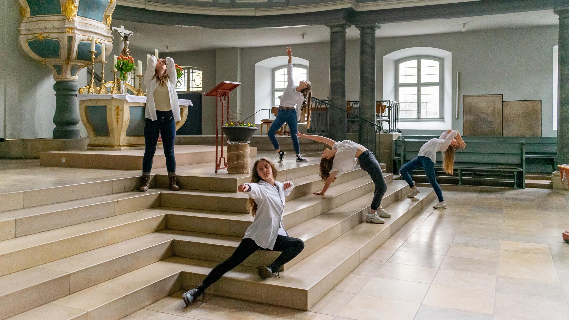 Tänzerinnen des ICH's Projekts Ansbach